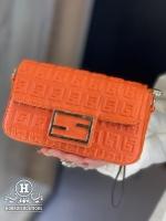 کیف فندی با بند بلند