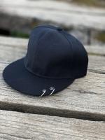 کلاه کپ رینگ دار مشکی